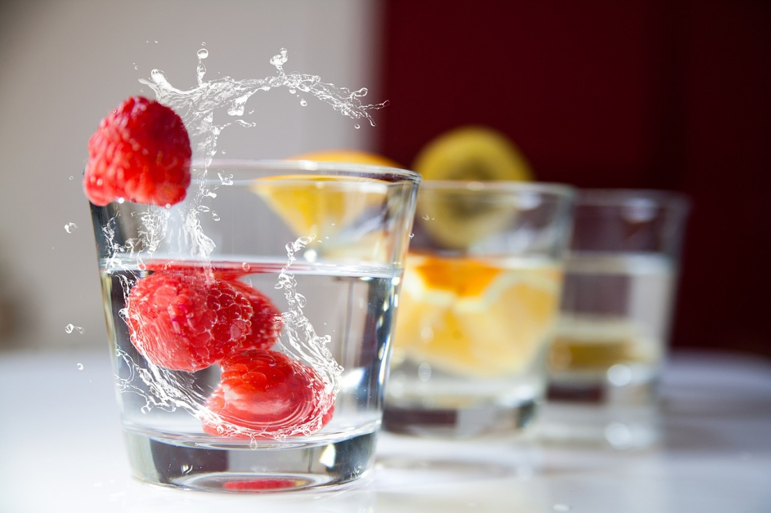 Stay Hydrated in Summer with 5 Delicious WaterRecipes